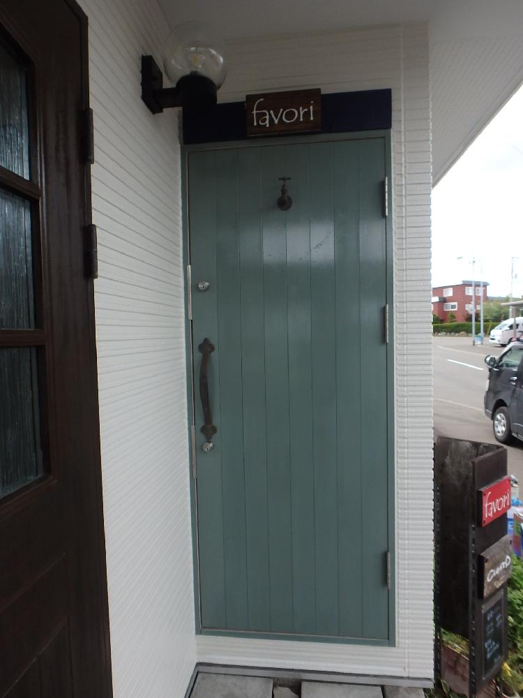 玄関ドア塗装工事キシラデコール仕上げ